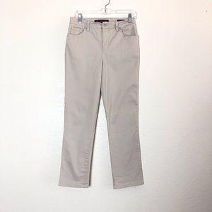 Gloria Vanderbilt Amanda khaki jeans 6p